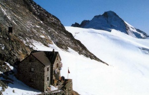 Photo of the Dent Blanche Hut